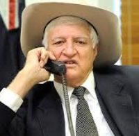 Katter calls for immigration, foreign ownership limits