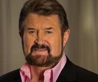Hinch bends on corporate tax cuts