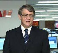 Bill Evans edges towards rate cuts