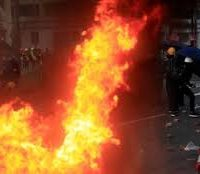 """Hong Kong under """"defacto curfew"""""""