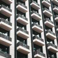 Houses extend their value lead over apartments